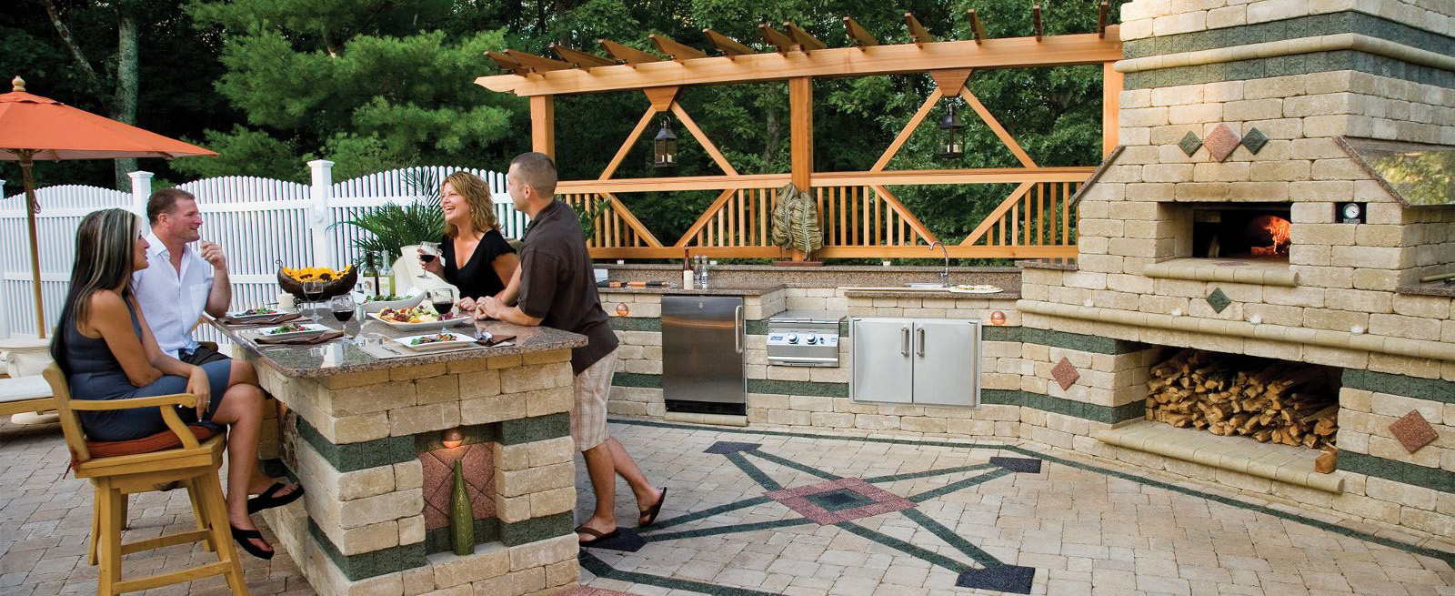 Why Hardscape Outdoor Kitchens May Be Best